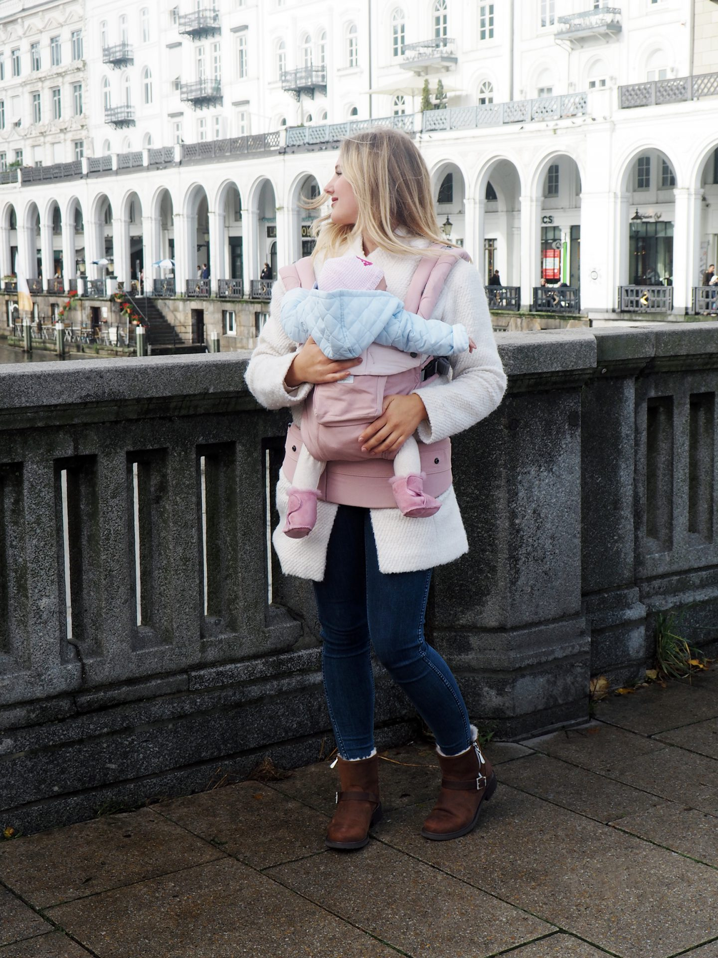 Emu-Boots-Twinning-Mama-Tochter