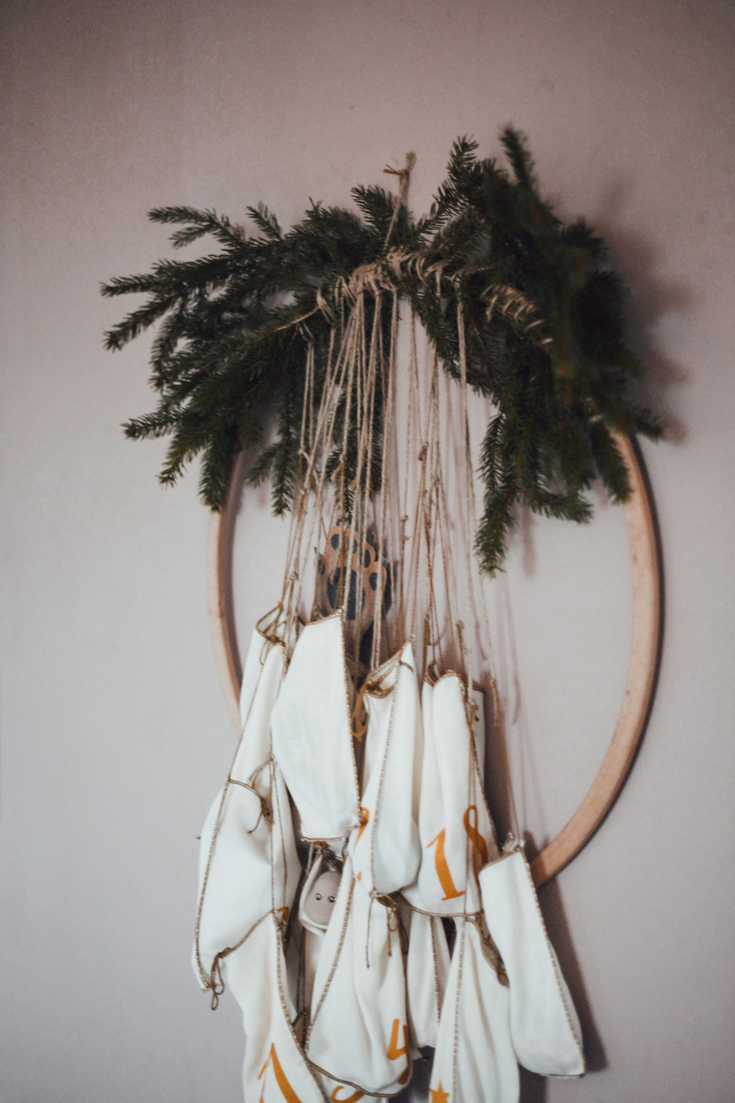 Adventskalender-basteln-hula-hoop-6